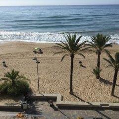 Отель Calafell Beach пляж
