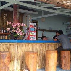 Отель Saladan Beach Resort Таиланд, Ланта - отзывы, цены и фото номеров - забронировать отель Saladan Beach Resort онлайн интерьер отеля фото 2