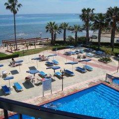 Отель Evalena Beach Hotel Кипр, Протарас - отзывы, цены и фото номеров - забронировать отель Evalena Beach Hotel онлайн пляж