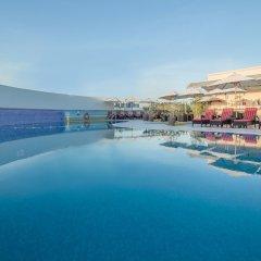 Отель Holiday Inn Bur Dubai - Embassy District бассейн фото 2