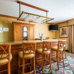 Отель Clarion Inn and Summit Center в номере фото 2