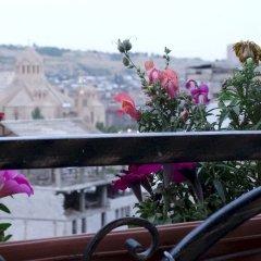 Kantar Hostel Ереван балкон