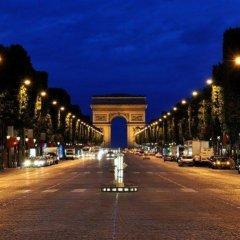 Отель LEMPIRE Париж городской автобус