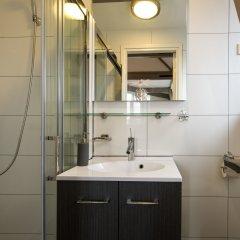 Отель Best location Stunning Bed and Breakfast Нидерланды, Амстердам - отзывы, цены и фото номеров - забронировать отель Best location Stunning Bed and Breakfast онлайн ванная