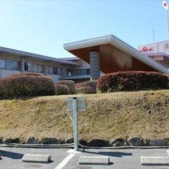 Отель San Ai Kogen Япония, Минамиогуни - отзывы, цены и фото номеров - забронировать отель San Ai Kogen онлайн спортивное сооружение