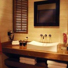 Отель Tiahura Dream Lodge Французская Полинезия, Муреа - отзывы, цены и фото номеров - забронировать отель Tiahura Dream Lodge онлайн ванная
