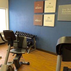Отель Comfort Suites Tulare фитнесс-зал фото 4