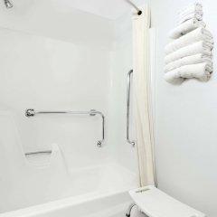 Отель Super 8 by Wyndham Algona ванная фото 2