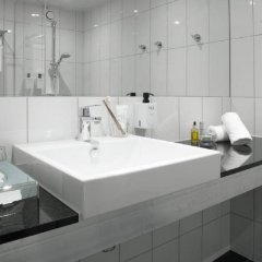 Отель Scandic Crown Швеция, Гётеборг - отзывы, цены и фото номеров - забронировать отель Scandic Crown онлайн ванная