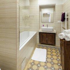 Отель Old Town - Dusni Apartments Чехия, Прага - отзывы, цены и фото номеров - забронировать отель Old Town - Dusni Apartments онлайн ванная