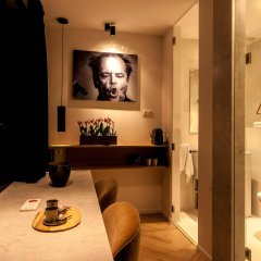 Отель Kaai 11 гостиничный бар