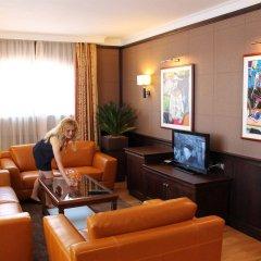 Отель Helena VIP Villas and Suites Болгария, Солнечный берег - отзывы, цены и фото номеров - забронировать отель Helena VIP Villas and Suites онлайн интерьер отеля