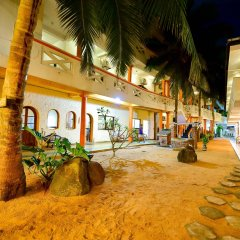 International Beach Hotel & Restaurant фото 4
