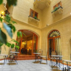 Отель Saint Patrick's Hotel Мальта, Мунксар - отзывы, цены и фото номеров - забронировать отель Saint Patrick's Hotel онлайн интерьер отеля