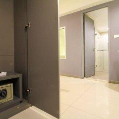 Отель Myhotel Cmyk@Ratchada сейф в номере