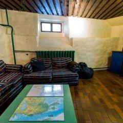 Old Town Hostel Alur комната для гостей