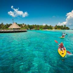 Отель Bandos Maldives Мальдивы, Бандос Айленд - 12 отзывов об отеле, цены и фото номеров - забронировать отель Bandos Maldives онлайн приотельная территория фото 2