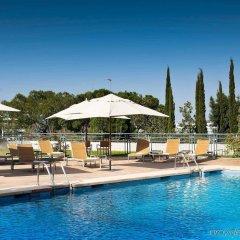 Отель Exe Madrid Norte Мадрид бассейн