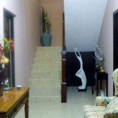 Отель The Residences At Briarwood Ямайка, Дискавери-Бей - отзывы, цены и фото номеров - забронировать отель The Residences At Briarwood онлайн интерьер отеля