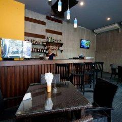 Отель Blue Sky Patong гостиничный бар