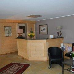 Отель La Sarine 112 - One Bedroom интерьер отеля