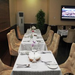Carat 24 Business Hotel and Suites LTD питание фото 3