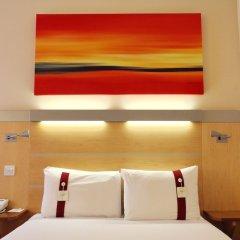 Отель Holiday Inn Express Birmingham Redditch сейф в номере