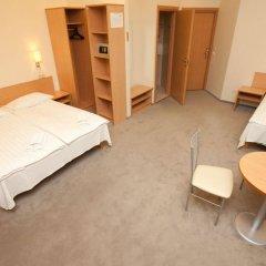 Отель Toss Hotel Латвия, Рига - 11 отзывов об отеле, цены и фото номеров - забронировать отель Toss Hotel онлайн комната для гостей фото 3