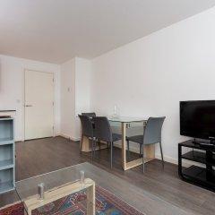 Отель 2 Bedroom Flat In Holloway With Balcony And Courtyard комната для гостей фото 5