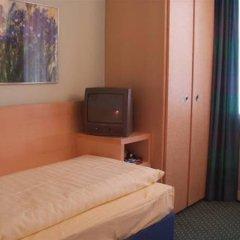 Отель Königswache Германия, Мюнхен - отзывы, цены и фото номеров - забронировать отель Königswache онлайн сейф в номере