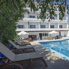 azuLine Hotel Mediterraneo бассейн