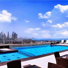 Отель Park Regis Kris Kin Hotel ОАЭ, Дубай - 10 отзывов об отеле, цены и фото номеров - забронировать отель Park Regis Kris Kin Hotel онлайн бассейн