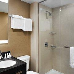 Отель Fairfield Inn & Suites by Marriott New York ManhattanChelsea США, Нью-Йорк - 1 отзыв об отеле, цены и фото номеров - забронировать отель Fairfield Inn & Suites by Marriott New York ManhattanChelsea онлайн ванная