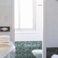 Отель Plaza Nice Франция, Ницца - 6 отзывов об отеле, цены и фото номеров - забронировать отель Plaza Nice онлайн ванная фото 2