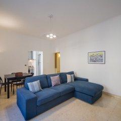 Отель Hintown Castelletto City Генуя комната для гостей фото 5