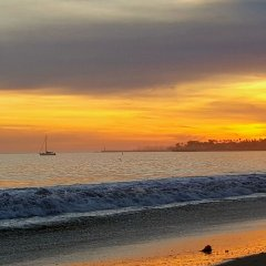 Pacific Crest Hotel Santa Barbara пляж фото 2