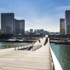 Отель Mercure Paris Boulogne Булонь-Бийанкур приотельная территория
