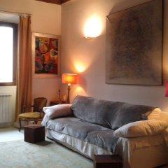 Отель Portico D'ottavia Luxury & Home Philosophy Италия, Рим - отзывы, цены и фото номеров - забронировать отель Portico D'ottavia Luxury & Home Philosophy онлайн комната для гостей