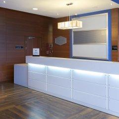 Отель Hampton by Hilton Gdansk Airport интерьер отеля