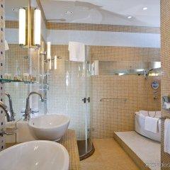 Mamaison Hotel Riverside Prague ванная