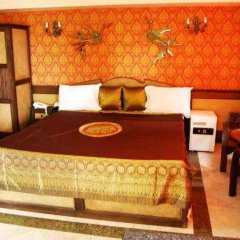 Отель 13 Coins Airport Minburi Бангкок комната для гостей фото 3