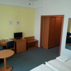 Отель Meritum Чехия, Прага - 10 отзывов об отеле, цены и фото номеров - забронировать отель Meritum онлайн удобства в номере фото 2