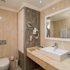 Crystal Waterworld Resort & Spa Турция, Богазкент - 2 отзыва об отеле, цены и фото номеров - забронировать отель Crystal Waterworld Resort & Spa онлайн ванная