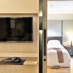 Отель Arcadia Suites Bangkok Бангкок удобства в номере фото 2