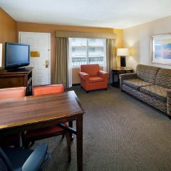 Embassy Suites Hotel Milpitas-Silicon Valley комната для гостей фото 3