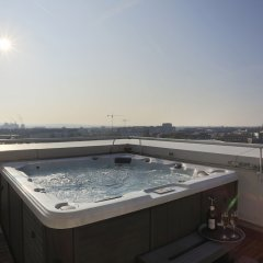 Hotel Asahi Дюссельдорф бассейн