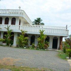 Отель Barasti Beach Resort Шри-Ланка, Ваддува - отзывы, цены и фото номеров - забронировать отель Barasti Beach Resort онлайн парковка