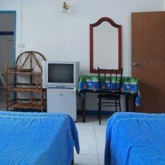 Отель Niku Guesthouse Патонг комната для гостей фото 3