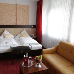 Отель Cascade Германия, Дюссельдорф - отзывы, цены и фото номеров - забронировать отель Cascade онлайн комната для гостей фото 5