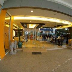 Отель R-Con Residence банкомат